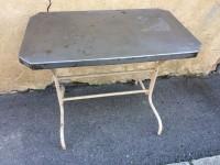 Table style bistrot extérieur